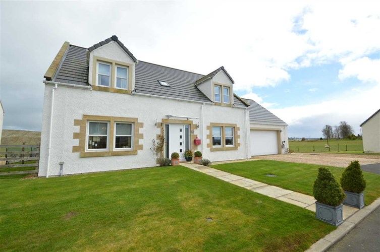 Lanark - 5 Bedroom Detached