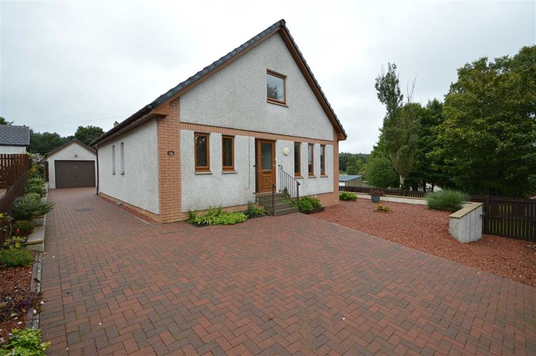 Carnwath - 4 Bedroom Detached