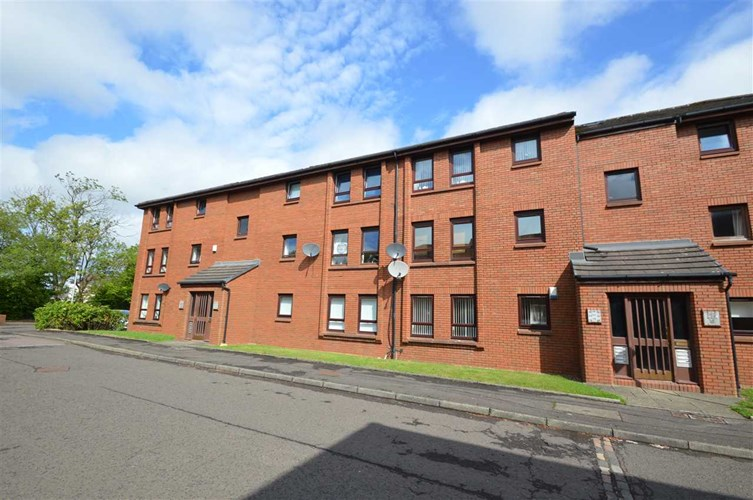 Caird Gardens, Hamilton, ML3 0AT